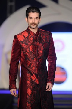 neil nitin mukesh wearing floral wedding sherwani