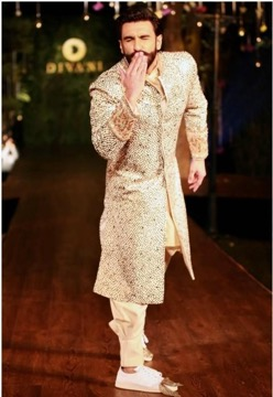 ranveer singh in embroidered wedding sherwani